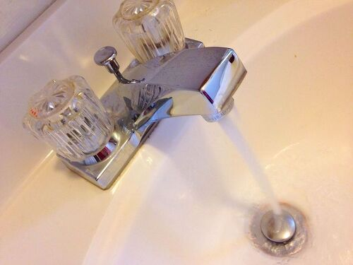 Moldysmelling Water From Bathroom Faucet Hometalk - My bathroom smells