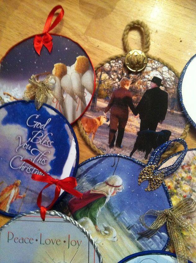 how to make cd ornaments, christmas decorations, crafts, repurposing upcycling, seasonal holiday decor