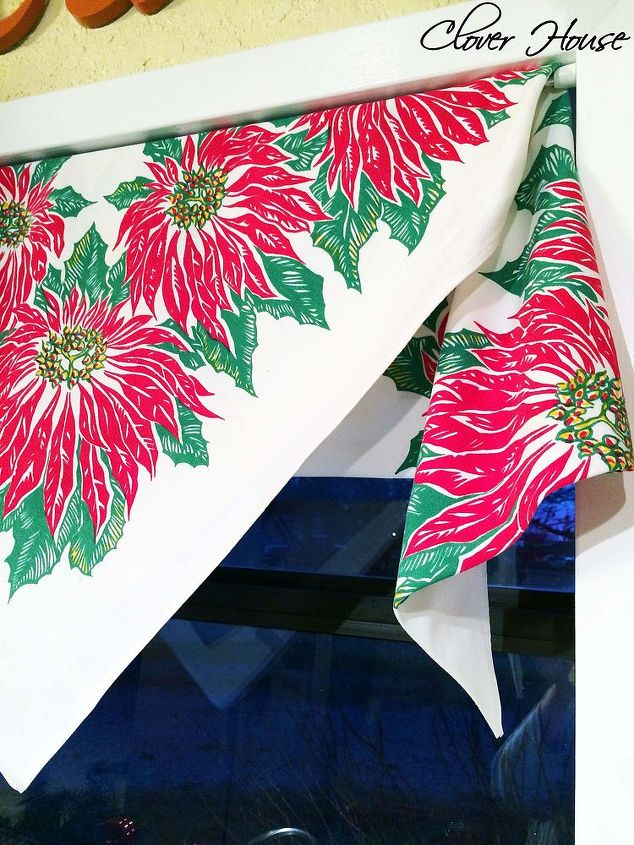 how to use vintage tablecloth curtain for christmas christmas decorations repurposing upcycling seasonal