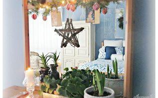 vintage christmas vignette, christmas decorations, crafts, seasonal holiday decor