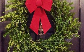 diy boxwood wreath for 13, christmas decorations, crafts, seasonal holiday decor, wreaths