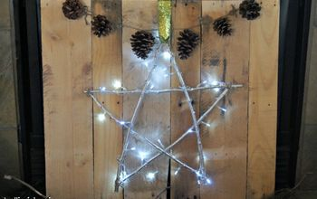 simple lighted star christmas pallet sign, christmas decorations, crafts, pallet, seasonal holiday decor, woodworking projects