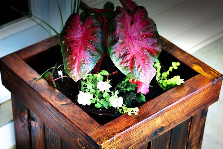 how to make a pallet planter box, container gardening, gardening, how to, pallet, repurposing upcycling