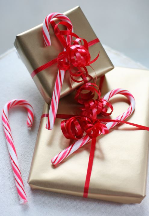 10 fabulous gift wrap ideas for your christmas presents, christmas decorations, crafts, seasonal holiday decor