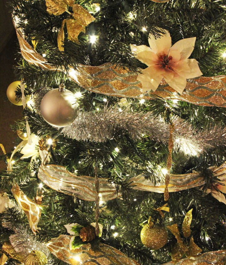 how to light ribbon and decorate a christmas tree, christmas decorations, how to, seasonal holiday decor
