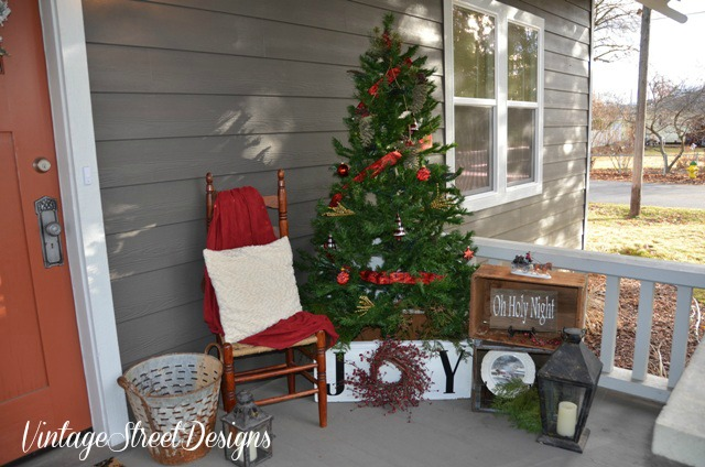 cheap thrift store finds to decorate the front porch, christmas decorations, crafts, porches, repurposing upcycling, seasonal holiday decor