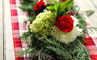 diy christmas flower centerpiece, christmas decorations, crafts, flowers, seasonal holiday decor
