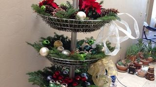 q craft ideas for 4 tiered wire basket store display, crafts, repurposing upcycling, storage ideas, Tiered wire basket display dolled up for Christmas
