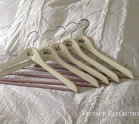 Shabby Chic Hangers, Bedroom Ideas, Chalk Paint, Crafts, How To, Shabby