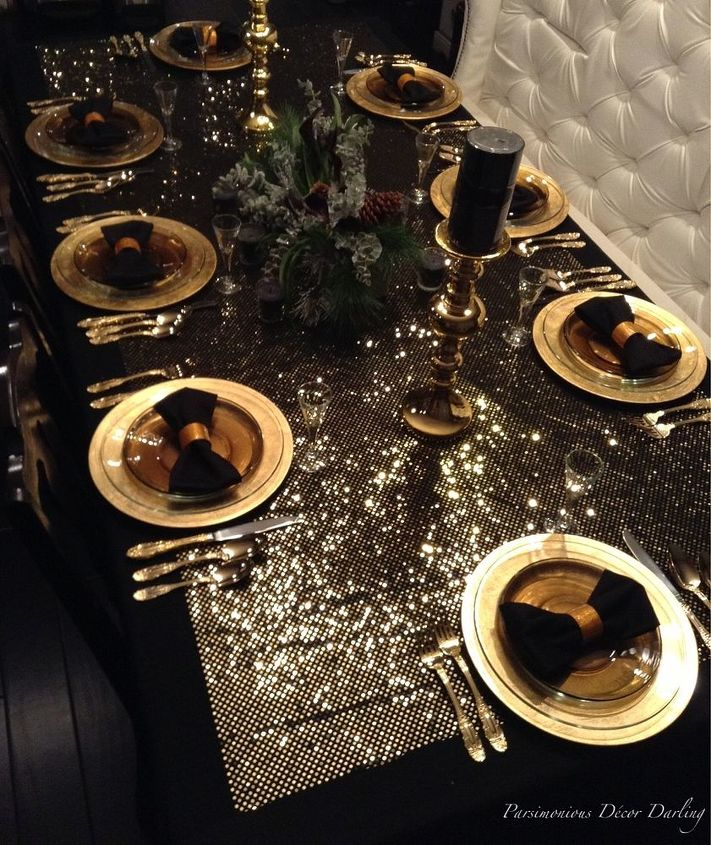 New Years Black and Gold Tablescape | Hometalk
