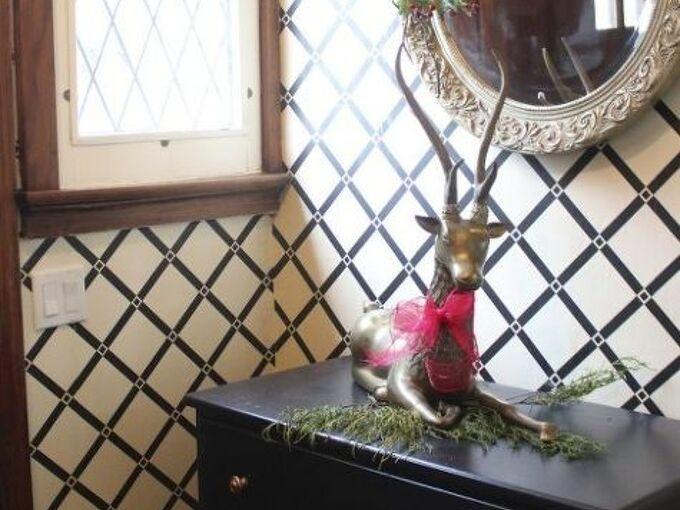 repairing damaged plaster walls, foyer, home maintenance repairs, wall decor