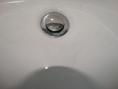 Q How To Get Rid Of Black Scratch Marks On White Sink Bathroom Ideas