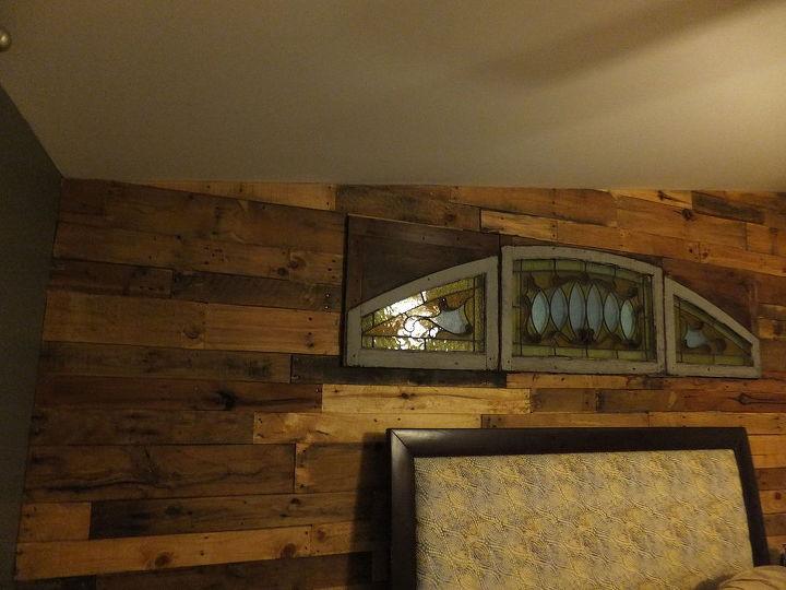 Bedroom Pallet Wall   Hometalk