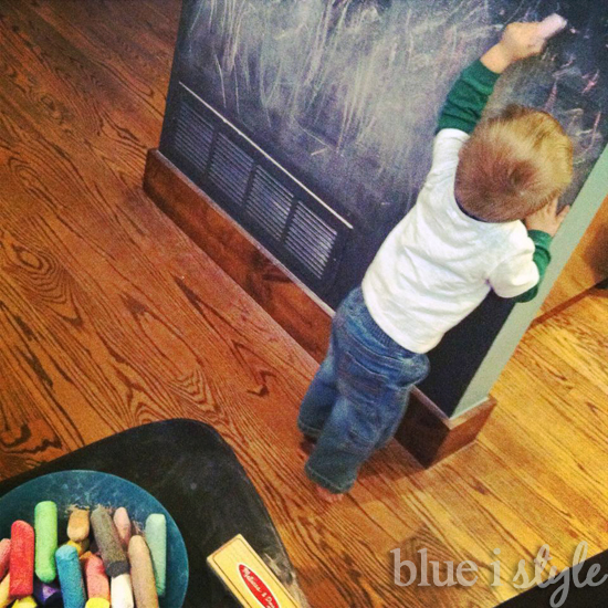 how to get your chalkboard clean, chalkboard paint, cleaning tips