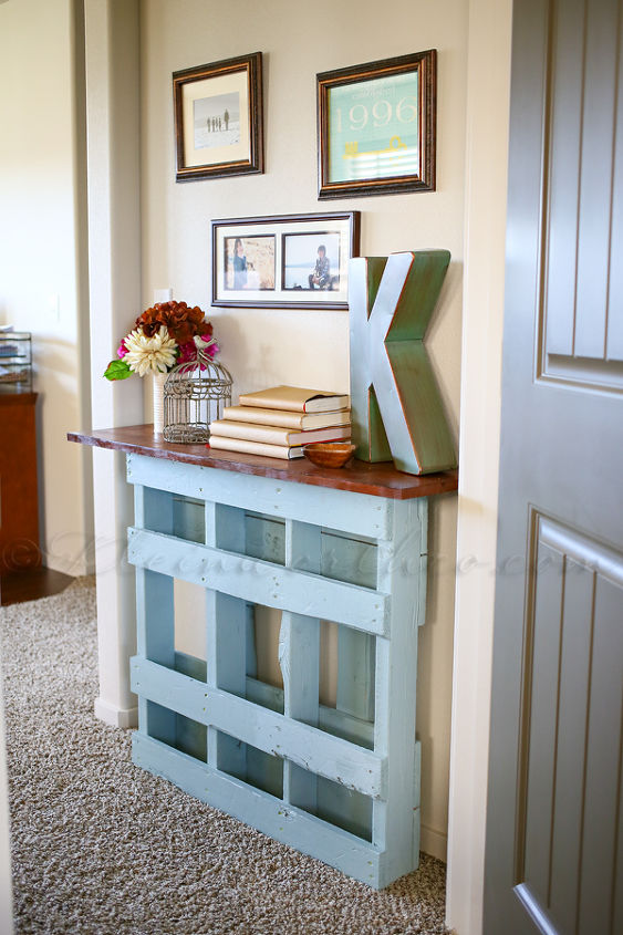 Pallet console table hometalk pallet console table painted furniture pallet repurposing upcycling woodworking projects solutioingenieria Choice Image
