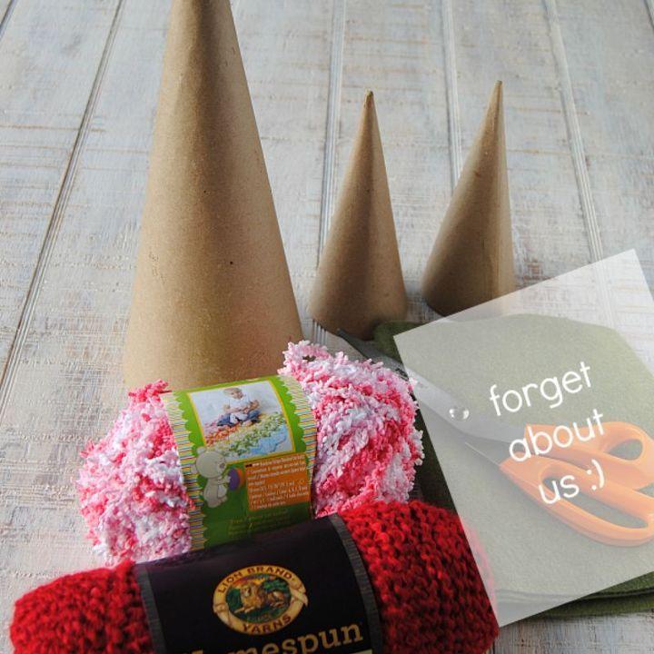 yarn wrapped valentine trees, crafts, seasonal holiday decor, valentines day ideas