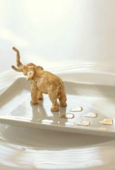 gold leaf elephant trinket dish with heart footsteps, crafts, seasonal holiday decor, valentines day ideas