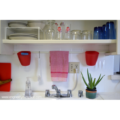 27 Brilliant Small Kitchen Design Ideas: Small Kitchen Ideas: Tension Rod Above The Sinks And Open Shelving