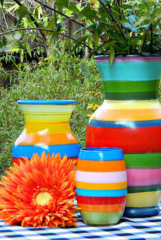 paint striped vases on an old record player, crafts, how to, painting, repurposing upcycling