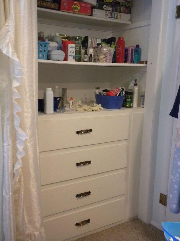 How to Revamp Boring Built Ins in Bathroom | Hometalk