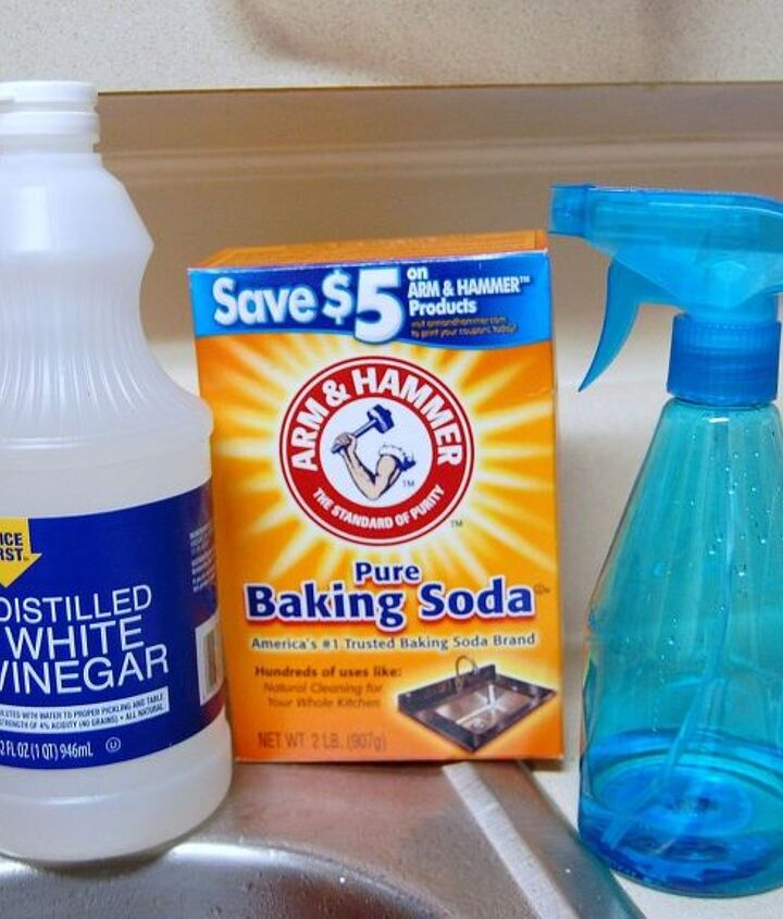 cleaning a stainless steel sink with baking soda and vinegar, cleaning tips, homesteading, how to