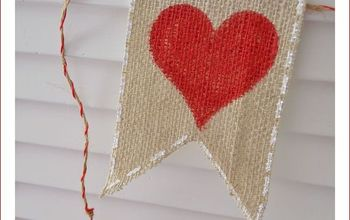 How To Make A No-Fray Valentine's (or any) Day Burlap Banner