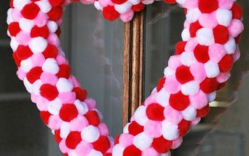 Easy Pom Pom Heart Wreath