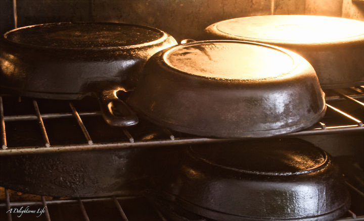 restoring cast iron pans, cleaning tips, how to, kitchen design