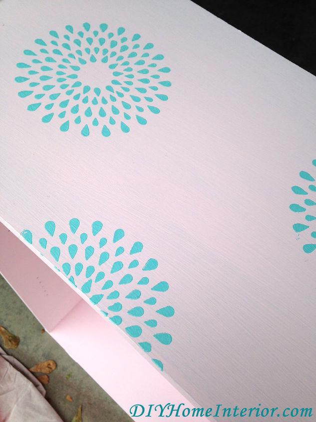 Diy Little Girl S Princess Dress Up Closet Bedroom Ideas Painted Furniture Repurposing