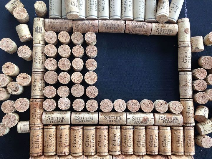 diy cork wine bottle wall hanging, crafts, how to, repurposing upcycling, wall decor