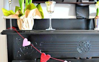 DIY: Yarn-Wrapped Valentine's Day Heart Garland