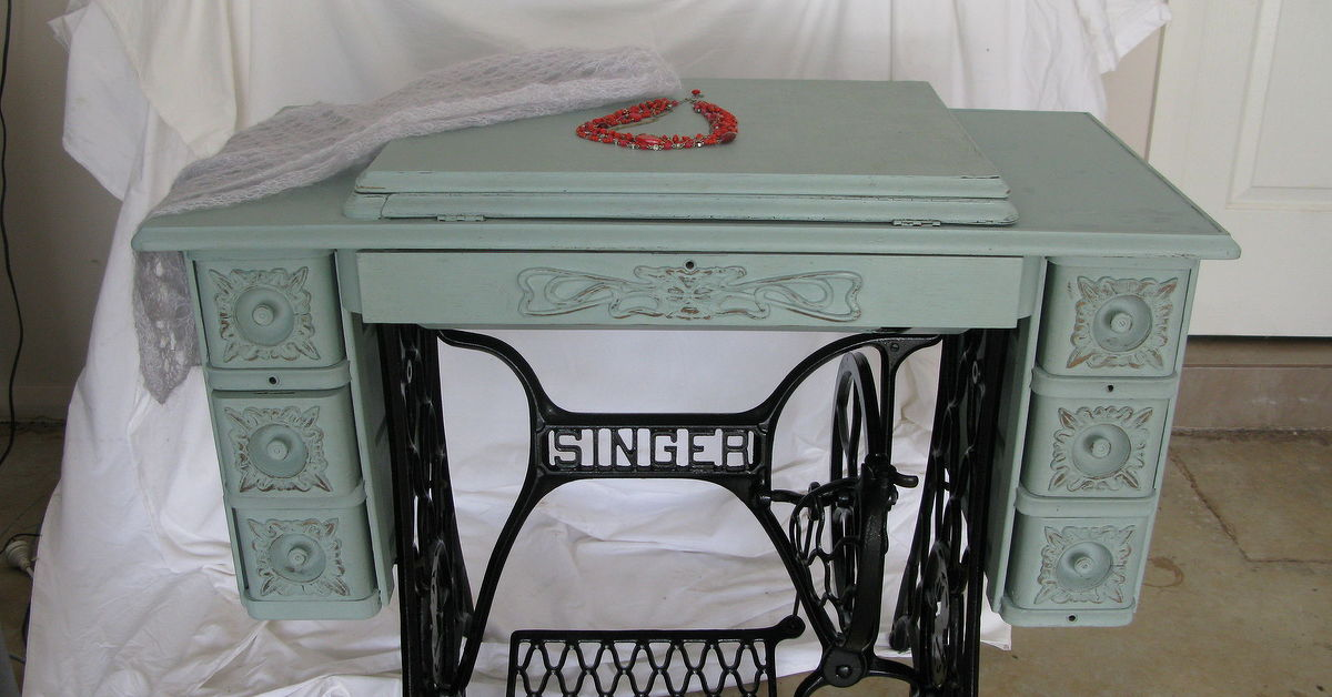 Singer Treadle Sewing Machine Cabinet Gets A Makeover In Duck Egg Amazing Old Singer Sewing Machine And Table