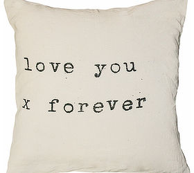 Diy Valentine Pillows With Fabric Markers, Crafts, How To, Seasonal Holiday  Decor,