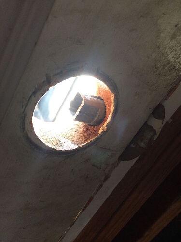 Doorknob latch assembly stuck - can\'t open door | Hometalk
