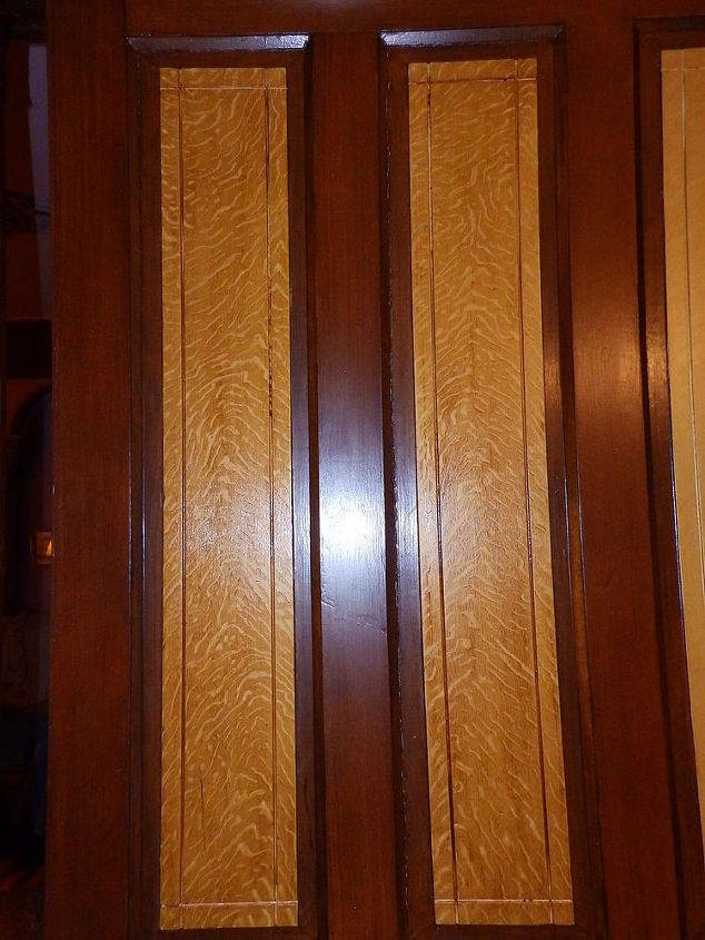 Pocke door panels show wet grain figuring