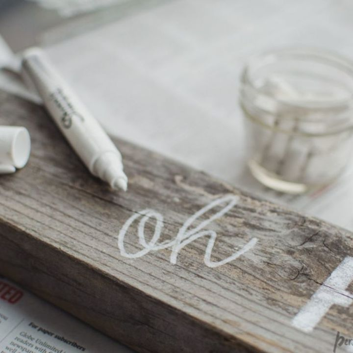 Two Ways to Paint Lettering to Distressed Wood