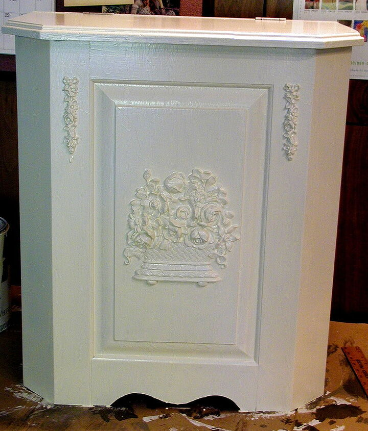 a thrift store wooden hamper gets a royal make over, painted furniture