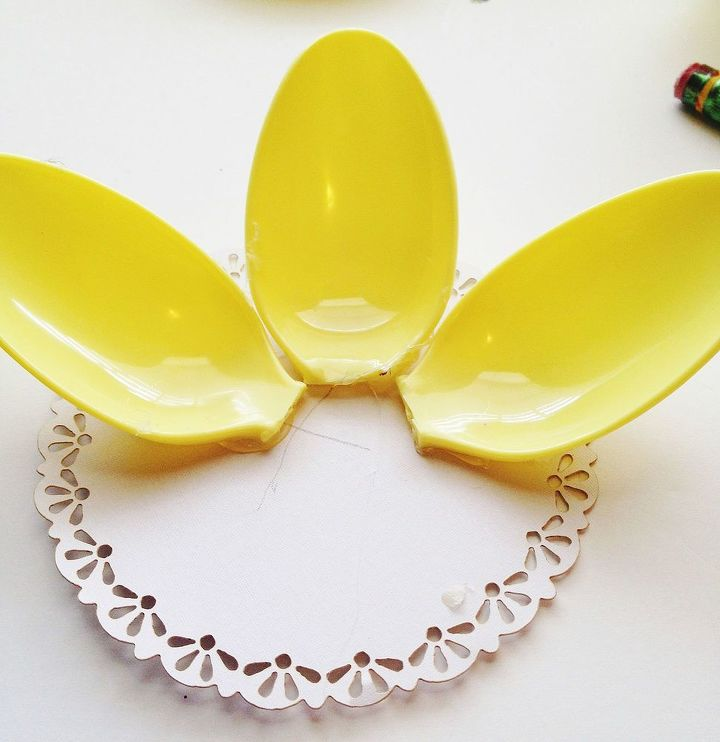 spring flowers made using plastic spoons, crafts, how to, repurposing upcycling