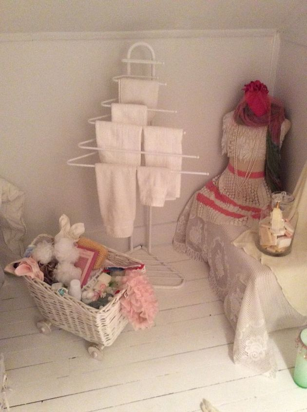 q one dead spot in attic filled with a pram but not what i want, bedroom ideas, shabby chic, Towels for guests