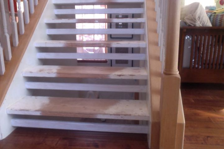 q floating stairs makeover, hardwood floors, painting, stairs