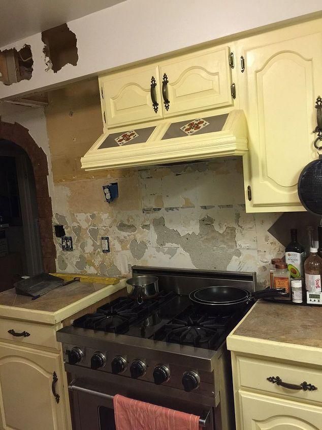 q help please stucco damage, concrete masonry, home maintenance repairs, how to, kitchen design, wall decor