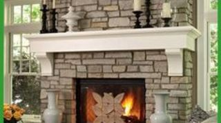 , Substantial mantle with corbels