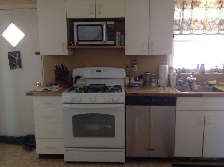 q how 2 redo formica counters backdrop, countertops, home improvement, kitchen backsplash, kitchen cabinets, kitchen design, No vent fan for stove either Help