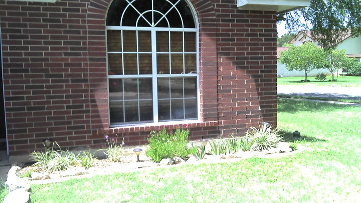 q paint or not, curb appeal, paint colors, painting