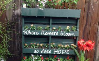 diy vertical pallet garden, container gardening, flowers, gardening, pallet, repurposing upcycling