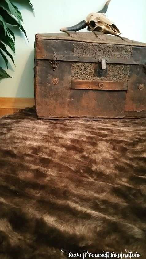 faux fur rug from a coat, how to, repurposing upcycling, reupholster