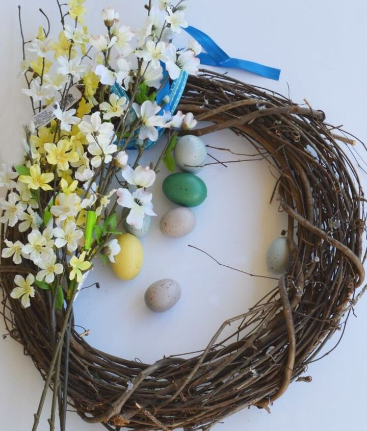 diy egg wreath, crafts, easter decorations, how to, seasonal holiday decor, wreaths