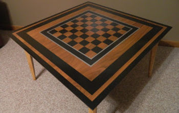 Chubby Checkerboard {Accent Table Makeover!}