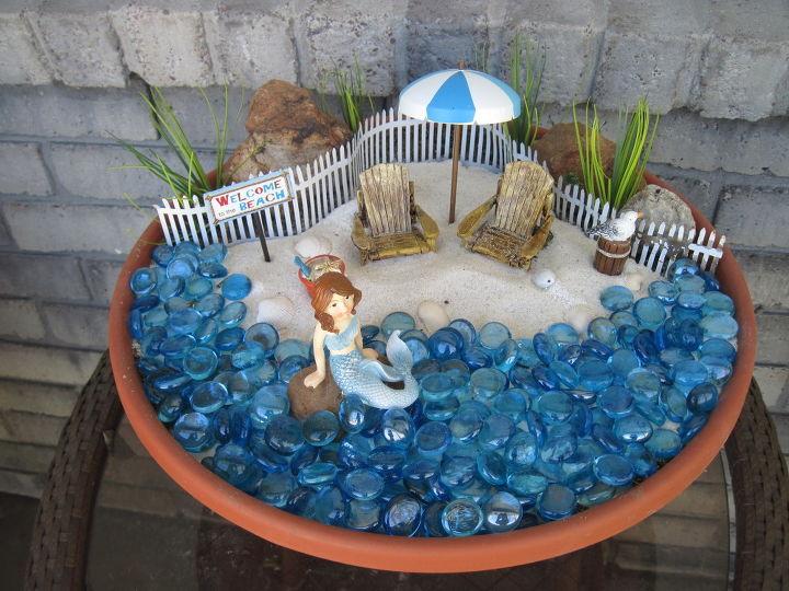 beach themed fairy garden, container gardening, gardening, repurposing upcycling