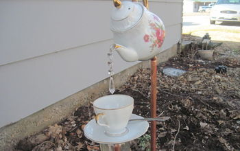 English Tea Pot, Tea Cup and Saucer Garden Stakes